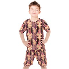 Illustrations Seamless Pattern Kids  Tee and Shorts Set