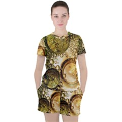 Bubbles Fantasy Green Design Women s Tee And Shorts Set