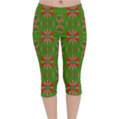 Seamless Wallpaper Digital Art Green Red Velvet Capri Leggings