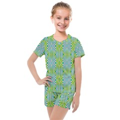 Seamless Pattern Ornament Design Kids  Mesh Tee And Shorts Set