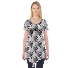 Seamless Tessellation Background Short Sleeve Tunic