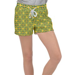 Green Plaid Star Gold Background Women s Velour Lounge Shorts