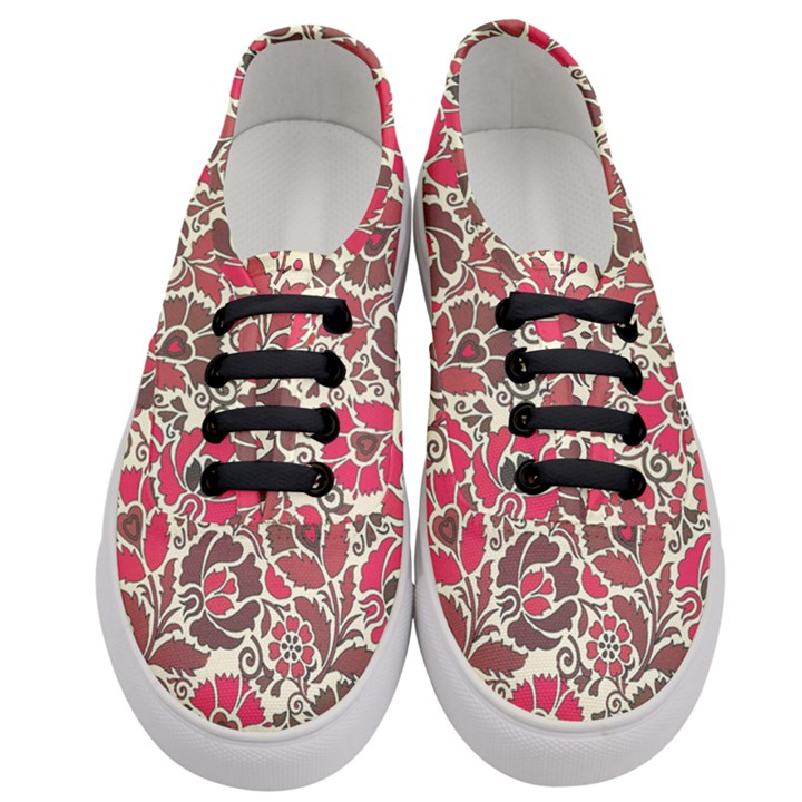 Floral Ethnic Pattern Women s Classic Low Top Sneakers