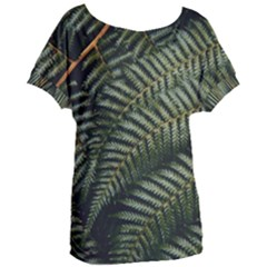 Green Leaves Photo Women s Oversized Tee