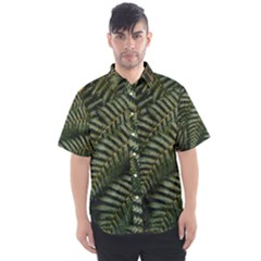 Green Leaves Photo Men s Short Sleeve Shirt