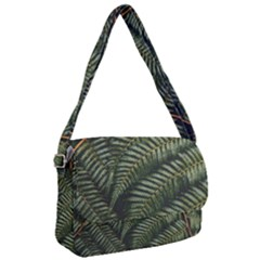 Green Leaves Photo Courier Bag