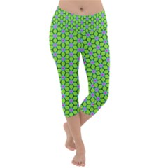 Pattern Green Lightweight Velour Capri Yoga Leggings