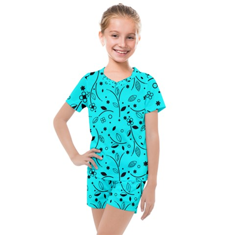 Blue Garden Kids  Mesh Tee And Shorts Set by TimelessFashion