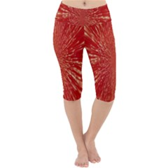 Rays Pattern Center Abstract Red White Lightweight Velour Cropped Yoga Leggings