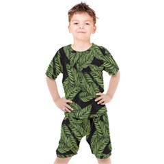 Leaves Pattern Tropical Green Kids  Tee And Shorts Set