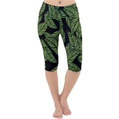 Leaves Pattern Tropical Green Lightweight Velour Cropped Yoga Leggings