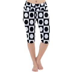 Chessboard Hexagons Squares Lightweight Velour Cropped Yoga Leggings