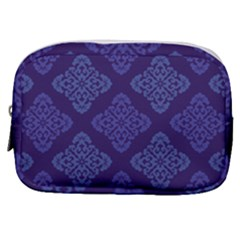 Seamless Continuous Make Up Pouch (small)