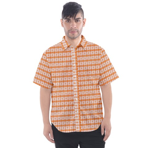 Caratine Men s Short Sleeve Shirt by plaides