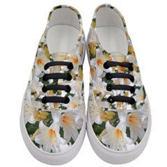 Lilies Belladonna White Flowers Women s Classic Low Top Sneakers