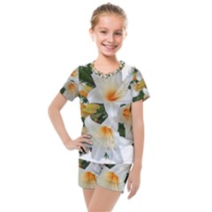 Lilies Belladonna White Flowers Kids  Mesh Tee And Shorts Set
