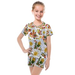 Flowers Roses Leaves Autumn Kids  Mesh Tee And Shorts Set