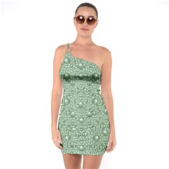 Baroque Green Pearls Ornate Bohemian One Soulder Bodycon Dress