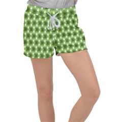 Green Color Flower Floral Pattern Women s Velour Lounge Shorts