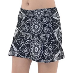 Black And White Pattern Monochrome Lighting Circle Neon Psychedelic Illustration Design Symmetry Tennis Skirt by Vaneshart
