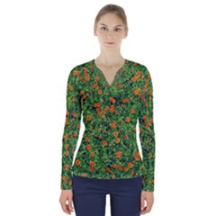 Carnations Flowers Seamless V Neck Long Sleeve Top