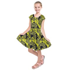 Seamless Pattern Background Kids  Short Sleeve Dress