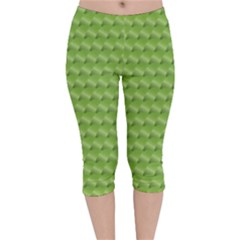 Green Pattern Ornate Background Velvet Capri Leggings