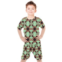 Christmas Pattern Kids  Tee And Shorts Set