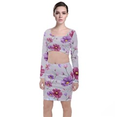 Vector Hand Drawn Cosmos Flower Pattern Top And Skirt Sets