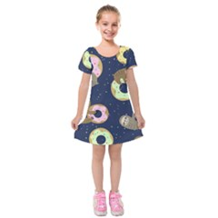 Cute Sloth With Sweet Doughnuts Kids  Short Sleeve Velvet Dress by Sobalvarro