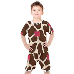 Giraffe By Traci K Kids  Tee And Shorts Set