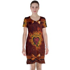 Beautiful Heart With Leaves Short Sleeve Nightdress