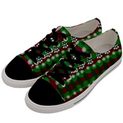 Snow Trees and Stripes Men s Low Top Canvas Sneakers