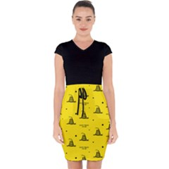 Gadsden Flag Don t Tread On Me Yellow And Black Pattern With American Stars Capsleeve Drawstring Dress