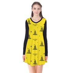 Gadsden Flag Don t Tread On Me Yellow And Black Pattern With American Stars Long Sleeve V Neck Flare Dress