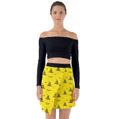 Gadsden Flag Don t Tread On Me Yellow And Black Pattern With American Stars Off Shoulder Top With Skirt Set