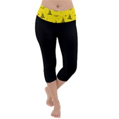 Gadsden Flag Don t Tread On Me Yellow And Black Pattern With American Stars Lightweight Velour Capri Yoga Leggings