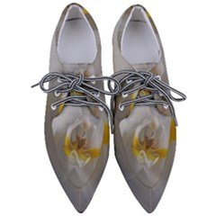 Orchidée Blanche Fleur Women s Pointed Oxford Shoes