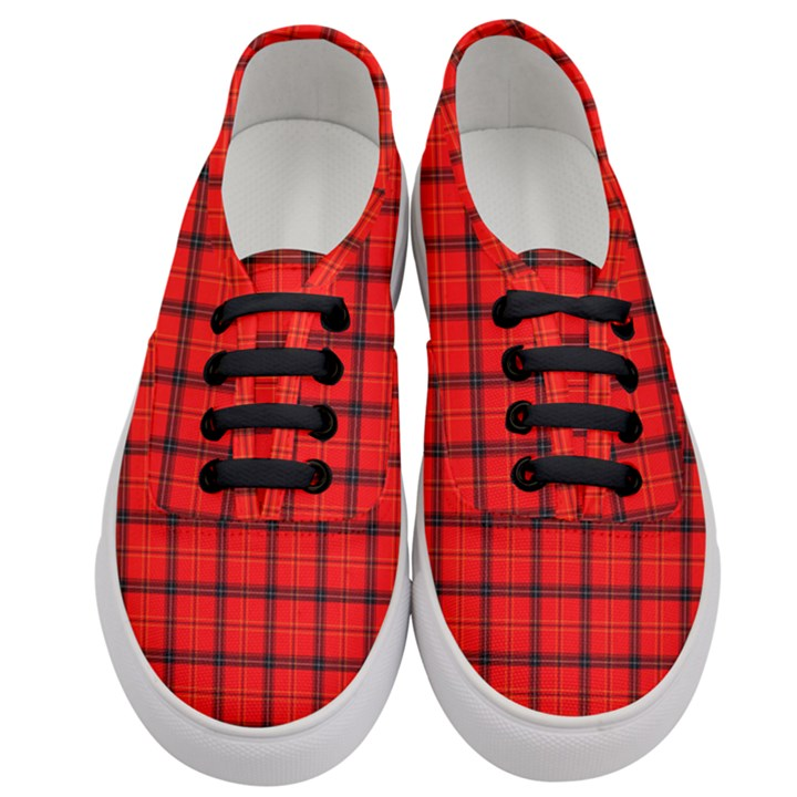 Red buffalo plaid Women s Classic Low Top Sneakers
