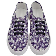 Leaves Pattern Colors Nature Design Women s Classic Low Top Sneakers