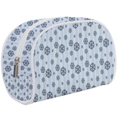 Snowflakes Winter Christmas Makeup Case (large)