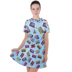 Retro Look Short Sleeve Shoulder Cut Out Dress