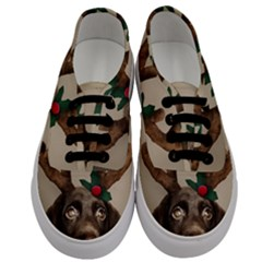 Christmas Dog Men s Classic Low Top Sneakers