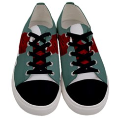 Santa Dog Men s Low Top Canvas Sneakers