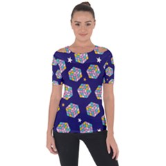 Cube Pattern Shoulder Cut Out Short Sleeve Top