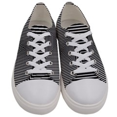 Maze Design Black White Background Women s Low Top Canvas Sneakers