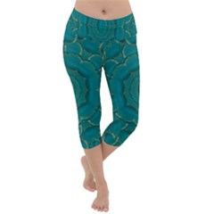 Over The Calm Sea Is The Most Beautiful Star Lightweight Velour Capri Yoga Leggings