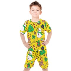 Funny Decoration Christmas Pattern Kids  Tee And Shorts Set