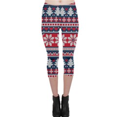 Beautiful Knitted Christmas Pattern Capri Leggings