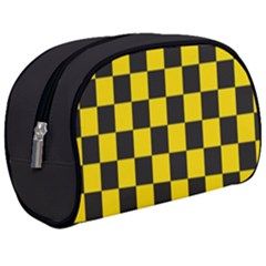 Checkerboard Pattern Black And Yellow Ancap Libertarian Makeup Case (medium) by snek